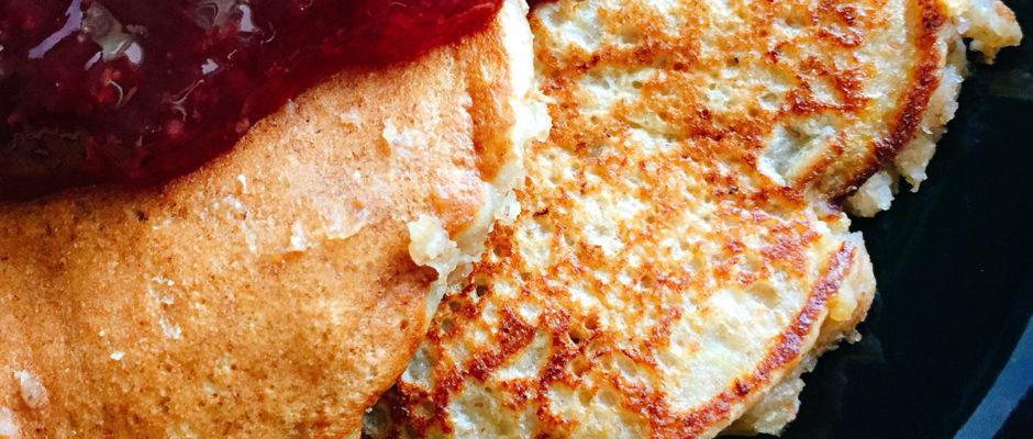 υγιεινα pancakes με μπανάνα και ηλιόσπορους