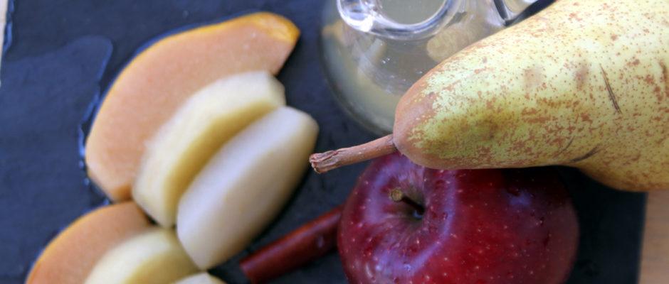 Κομπόστα αχλάδι, μήλο και κυδώνι χωρίς ζάχαρη