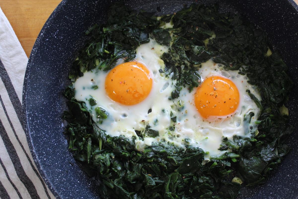 Σπανάκι με αβγά