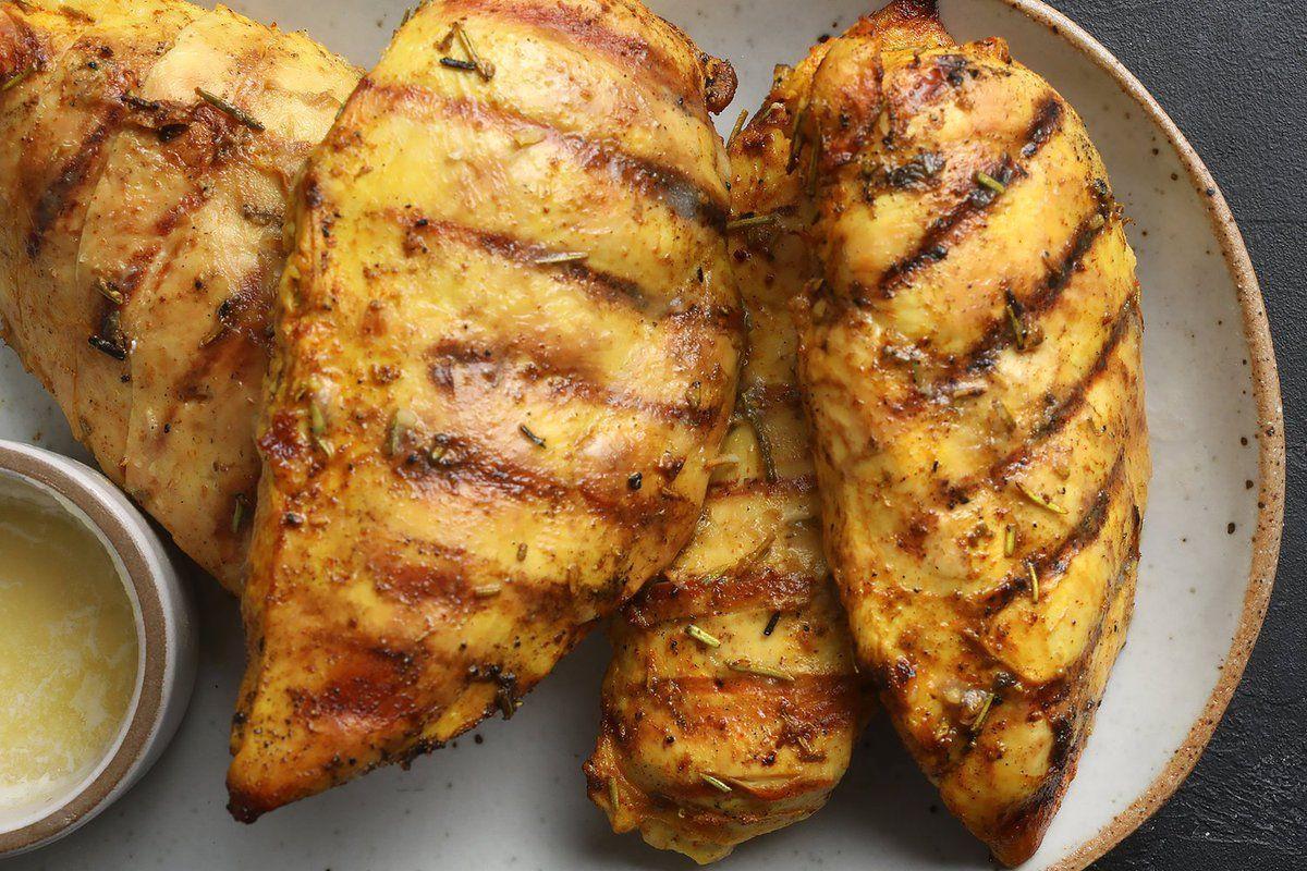 Πικάντικο κοτόπουλο με γιαούρτι
