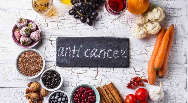 13 Τρόφιμα που θα μπορούσαν να μειώσουν τον κίνδυνο καρκίνου