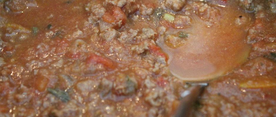 Μακαρόνια ολικής με σάλτσα μπολονέζ