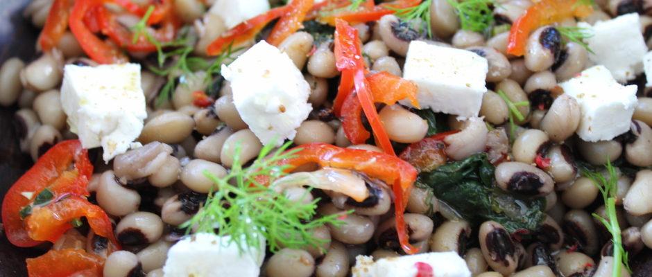 Σαλάτα με μαυρομάτικα και φέτα