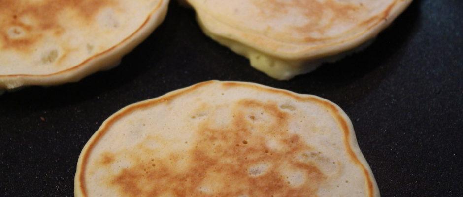 pancakes με ξινόγαλα