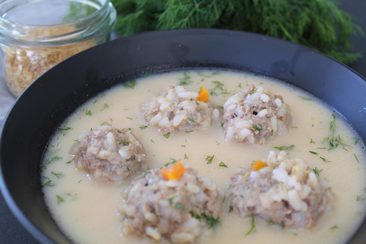 γιουβαρλάκια με καστανό ρύζι