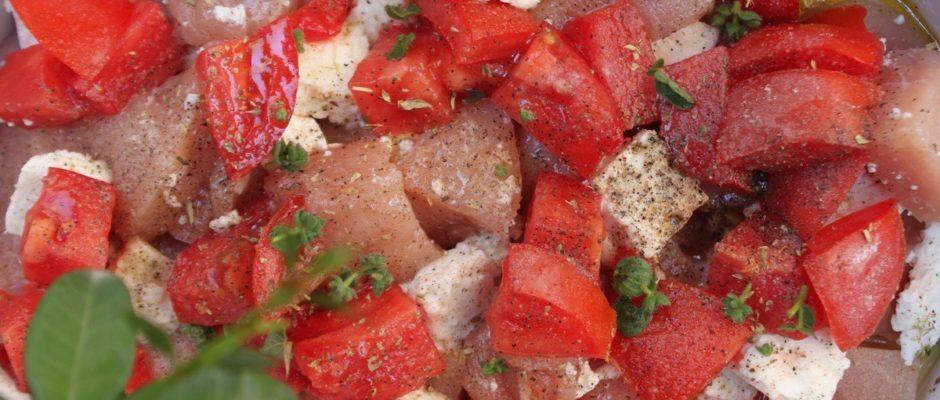 κοτόπουλο με ντομάτα και φέτα