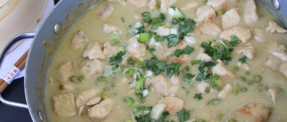 κοτόπουλο με πράσινο κάρυ