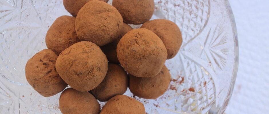 Εύκολα σοκολατάκια με 4 υλικά