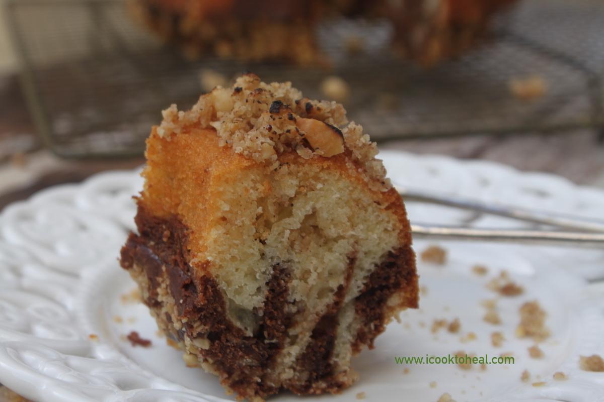 κέικ δίχρωμο με κραμπλ φουντουκιού