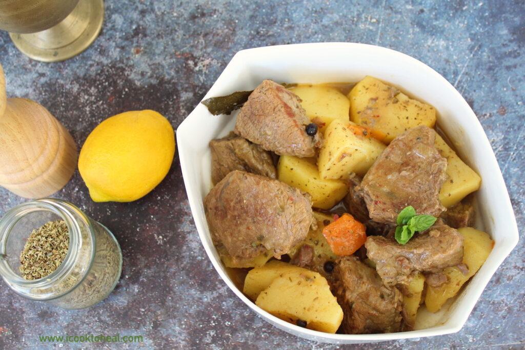 μοσχάρι λεμονάτο με πατάτες