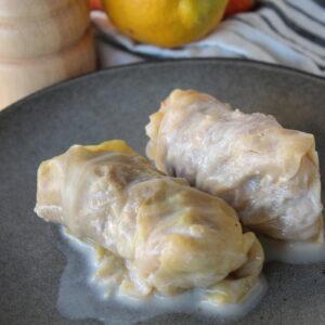 λαχανοντολμάδες με ελαφρύ αβγολέμονο