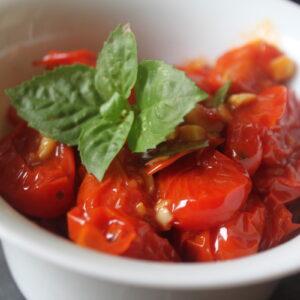 Σάλτσα ντομάτας απο ντοματίνια