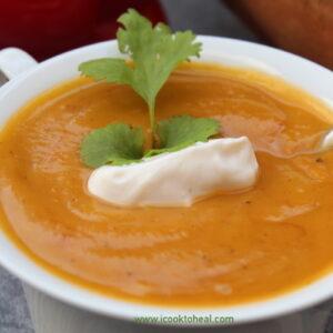 Σούπα με κόκκινη πιπεριά και γλυκοπατάτα