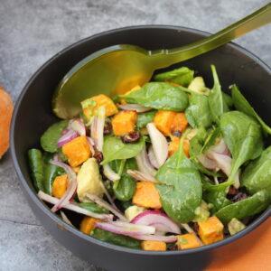 Σαλάτα με γλυκοπατάτα και αβοκάντο